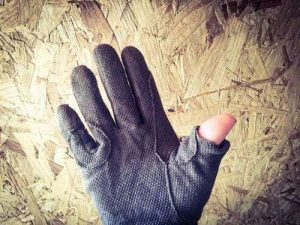 Cheap gloves with the thumb cut off